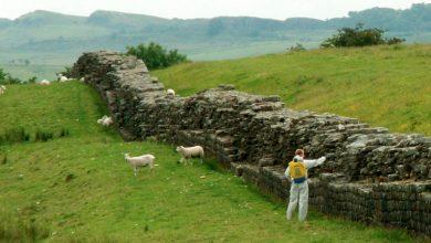 جدار هادريان في إنجلترا